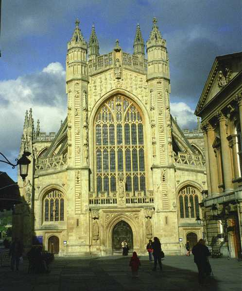 Construction on the Bath Abbey was started in 1499. It has been the parish church of Bath since 1572.