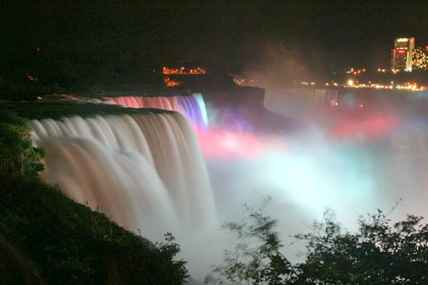 American Falls at night.