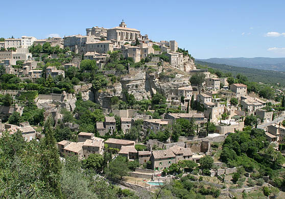 Gordes is an upscale village hanging on the side of a hill. It seemed to be populated mostly with artists and entertainers.